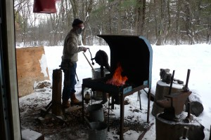 The forge setup in winter. This tends to be a bit more comfortable than working in late July.
