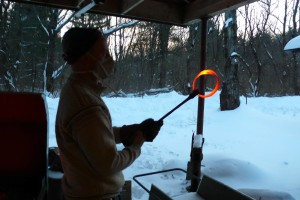 Crafting a Mobius Strip - steel at orange heat temperature all the way through